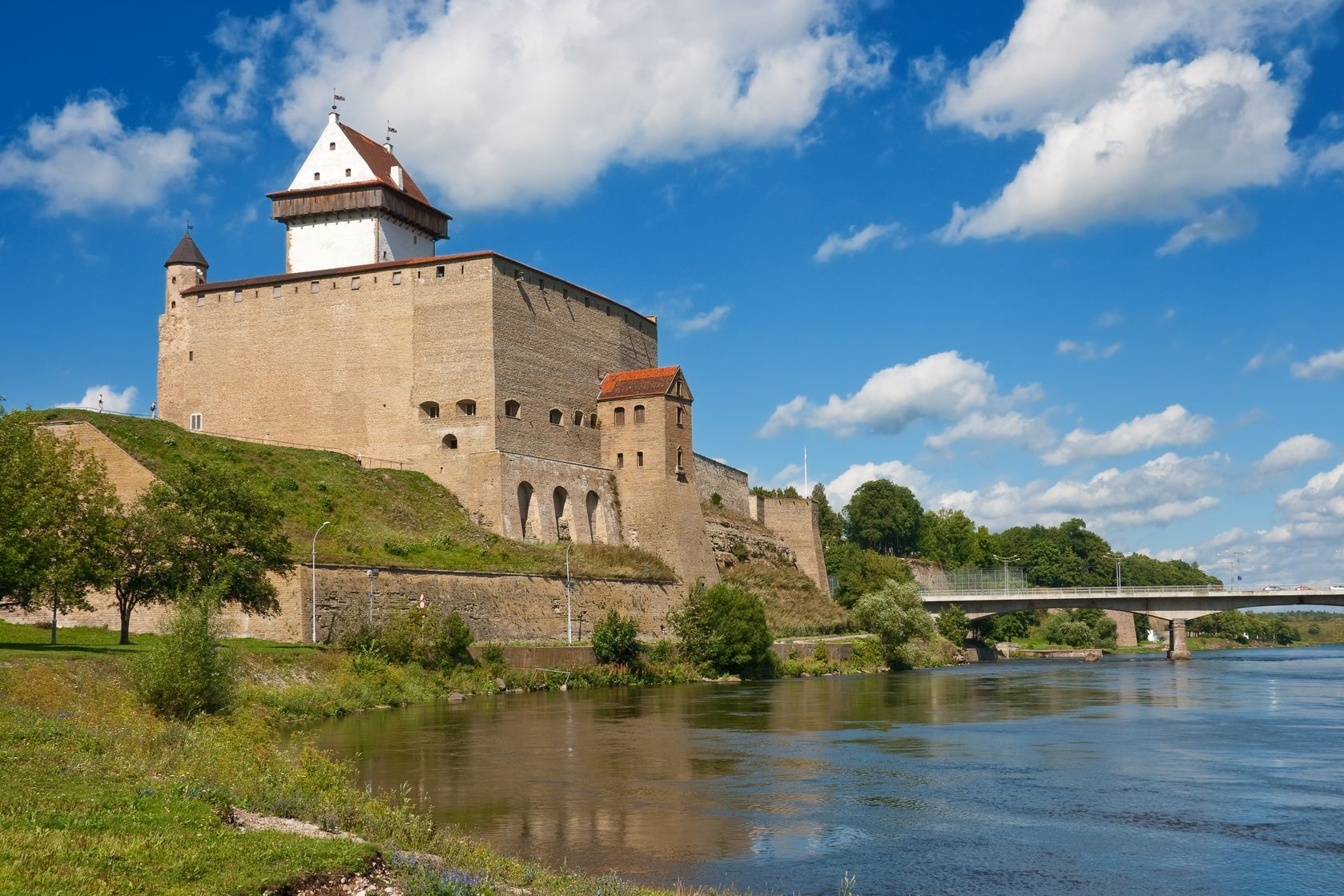 Tourist Attractions Sightseeing Narva Castle